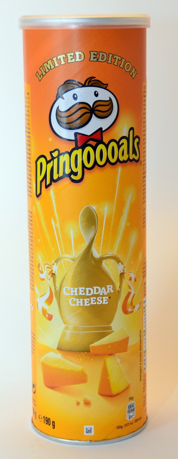 Pringles Cheddar Cheese 190 g | GROCERY \ Crisps and Snacks OFFER